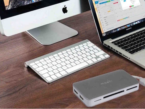 Moshi Multifunctional Card Reader for MacBook