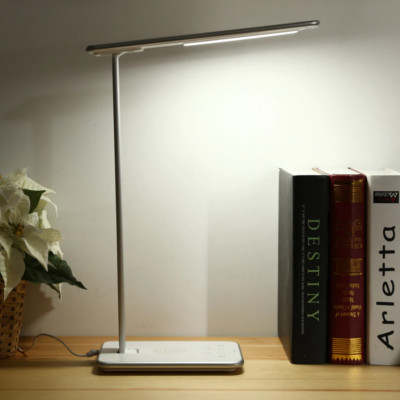 Wireless LED Desk Lamp