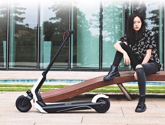 Xiaomi EUNI ES808 Folding Electric Scooter