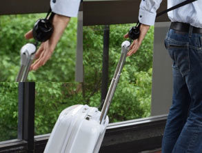 Luggage Handsfree - Comfort Travel with RetraStrap
