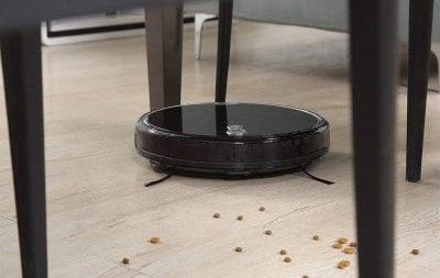 iLife A8 Smart Robot Vacuum cleaner floor