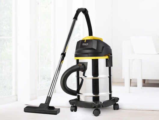 Powerful Vacuum Cleaner With Large Tank
