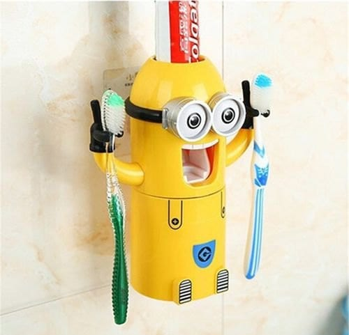 Minion-Shaped Toothbrush Holder